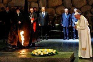 El Papa Francisco da pésimaseñal a la Iglesia y al mundo al rendirhomenaje al fundador del sionismo Theodor Herzl