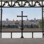 En una carta abierta un judío converso le da una lección de teología y doctrina a Francisco de la cual ha renegado